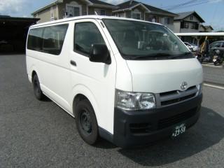 トヨタ KR - KDH200V